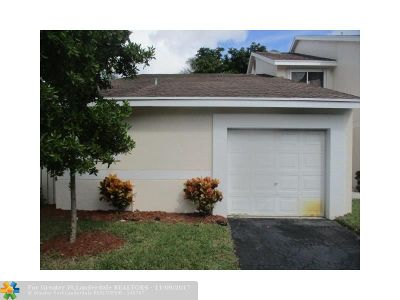 Broward County Condo/Townhouse For Sale: 1911 Discovery Cir #E
