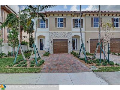 Pompano Beach Condo/Townhouse For Sale: 3232 Marine Drive #3232