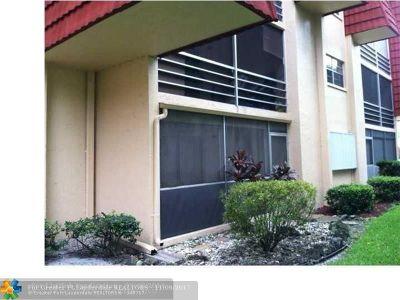 Boca Raton Condo/Townhouse For Sale: 22605 SW 66th Ave #110
