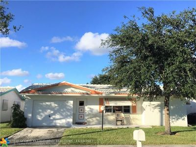 Plantation Single Family Home For Sale: 8951 NW 12th St