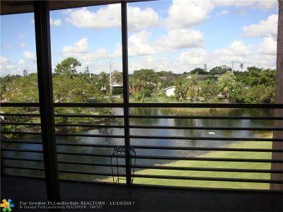 Sunrise Condo/Townhouse For Sale: 10466 Sunrise Lakes Blvd #302