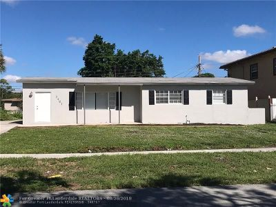Lauderhill Single Family Home For Sale: 3461 NW 7th St