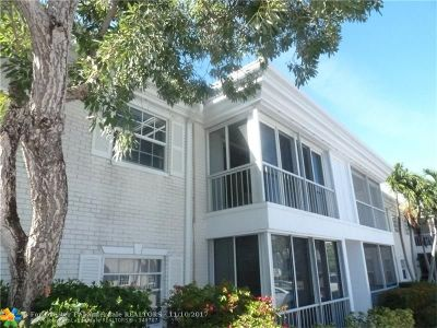 Fort Lauderdale Condo/Townhouse For Sale: 6381 Bay Club Dr #3