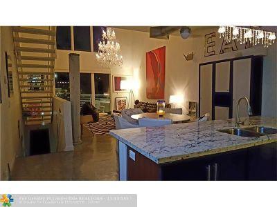 Wilton Manors Condo/Townhouse For Sale: 810 NE 28th St #6