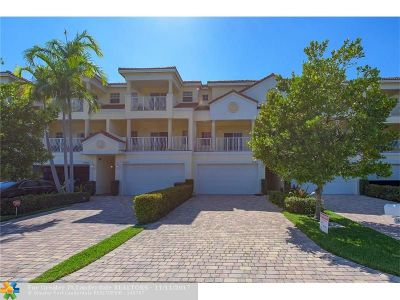 Lighthouse Point Condo/Townhouse For Sale: 3867 NE 22nd Way #4