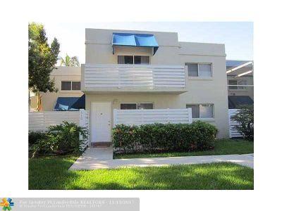 Plantation Condo/Townhouse Backup Contract-Call LA: 510 NW 97th Ave #510