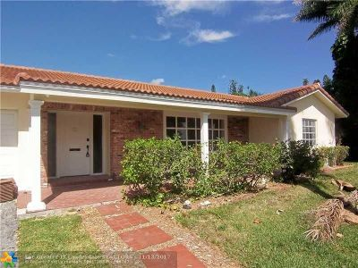 Coral Springs Single Family Home For Sale: 3703 NW 84th Ter