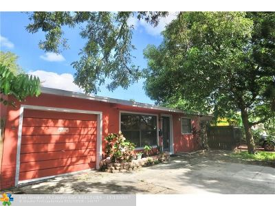 North Lauderdale Single Family Home For Sale: 6261 SW 8th St