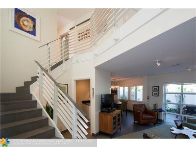 Fort Lauderdale Condo/Townhouse For Sale: 101 SE 15th Ave #D