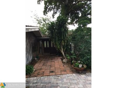 Fort Lauderdale Single Family Home For Sale: 2735 NE 20th St