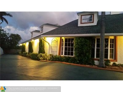 West Palm Beach Single Family Home For Sale: 1701 Mango Cir