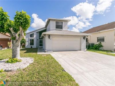 Boca Raton Single Family Home For Sale: 23260 Boca Trace Dr