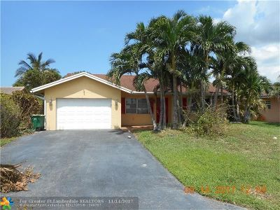 Tamarac Single Family Home For Sale: 10319 NW 70th St