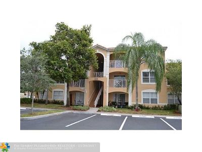 Coconut Creek Condo/Townhouse For Sale: 5550 NW 61 St #502