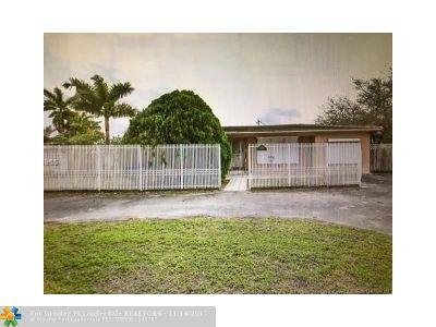Miami Single Family Home For Sale: 1560 NE 118th Ter