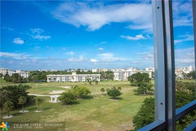 Pompano Beach Condo/Townhouse For Sale: 2671 S Course Dr #801