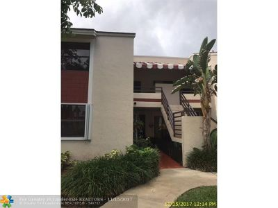 Miami Condo/Townhouse For Sale: 20210 NE 3rd Ct #6