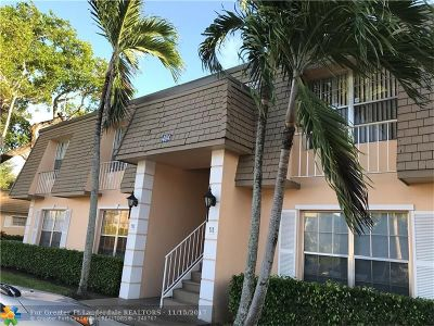 Plantation Condo/Townhouse For Sale: 404 NW 70th Ave #119
