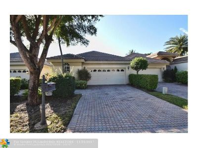 Delray Beach Condo/Townhouse For Sale: 6358 San Michel Way #6358