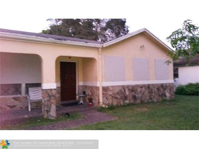North Lauderdale Single Family Home For Sale: 8409 SW 19th St