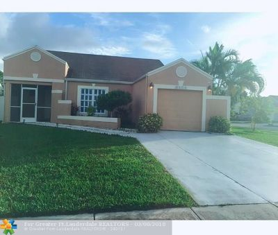 Boca Raton Single Family Home For Sale: 8506 Dynasty Dr