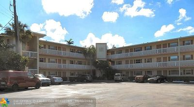Fort Lauderdale Condo/Townhouse For Sale: 1400 NE 57th Ct #303