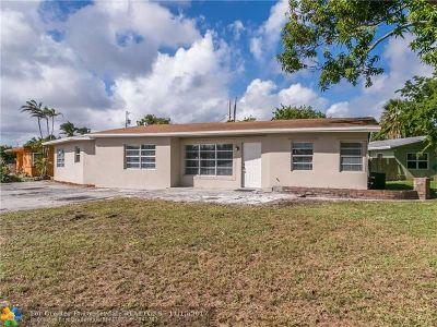 Pompano Beach Single Family Home For Sale: 1121 NE 24th St