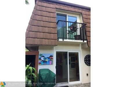Davie Condo/Townhouse For Sale: 9151 SW 23rd St #C