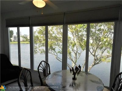Deerfield Beach Condo/Townhouse For Sale: 3059 Harwood E #3059