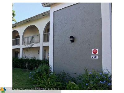 Coconut Creek Condo/Townhouse For Sale: 2613 Nassau Bnd #E-2