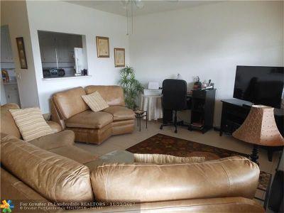 Deerfield Beach Condo/Townhouse For Sale: 406 Tilford #406