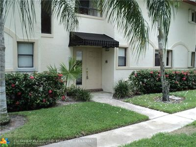 Boca Raton Condo/Townhouse For Sale: 7200 NW 2nd Ave #125