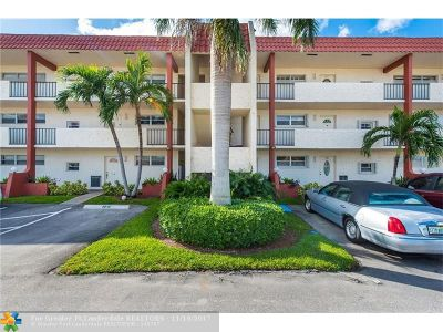 Pembroke Pines Condo/Townhouse For Sale: 8901 S Hollybrook Blvd #206