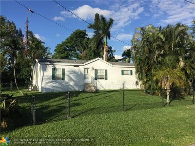 Davie Single Family Home For Sale: 12961 SW 14th Ct