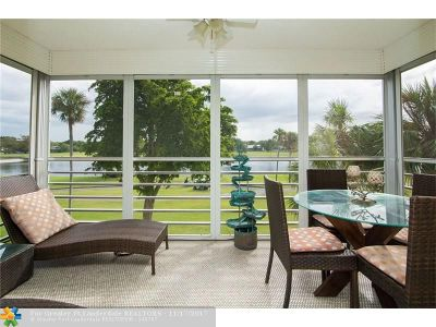 Pompano Beach Condo/Townhouse For Sale: 804 Cypress Blvd #309