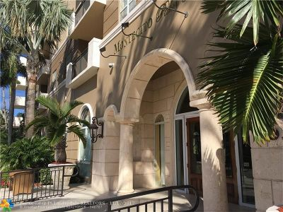 West Palm Beach Condo/Townhouse For Sale: 616 Clearwater Park Rd #303