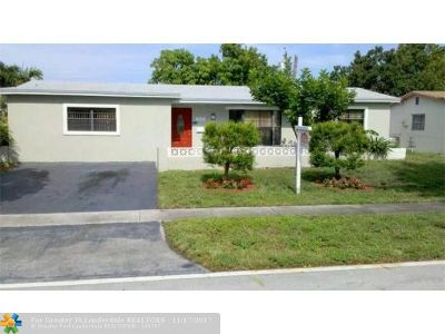 Lauderdale Lakes Single Family Home For Sale: 3930 NW 34th Ter