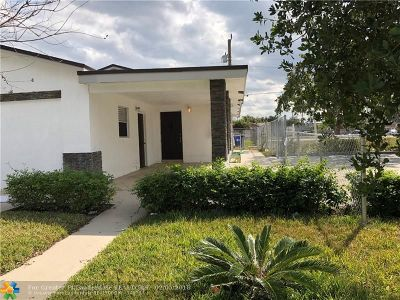 Pompano Beach Single Family Home For Sale: 2660 NW 5th St
