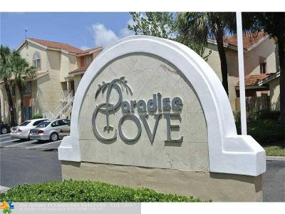 West Palm Beach Condo/Townhouse For Sale: 1135 The Pointe Dr #1135