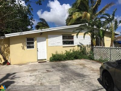 Davie Single Family Home For Sale: 5611 SW 36th Ct