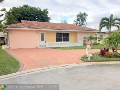 Tamarac Single Family Home For Sale: 8109 NW 95th Ln