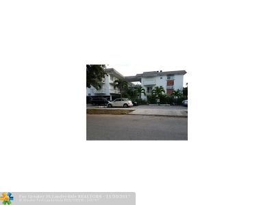 Broward County Condo/Townhouse For Sale: 1840 Dewey St #204