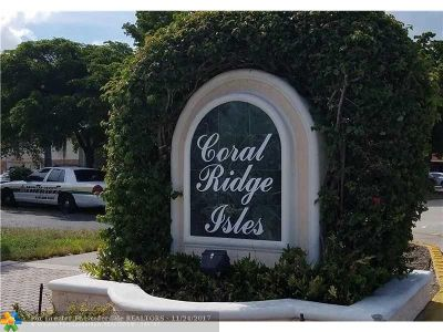 Fort Lauderdale Condo/Townhouse For Sale: 1400 NE 55th St #203