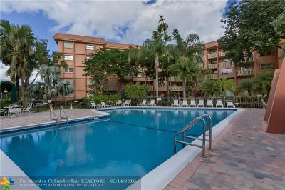 Fort Lauderdale Condo/Townhouse For Sale: 900 River Reach Dr #210