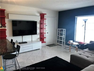 Fort Lauderdale Condo/Townhouse For Sale: 2251 NE 66th St #1621
