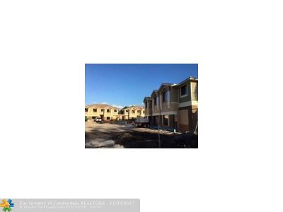 Davie Condo/Townhouse Backup Contract-Call LA: 4760 SW 64 Ave #11