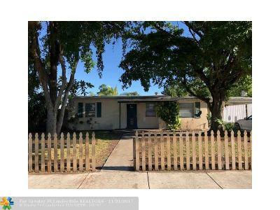Pompano Beach Single Family Home For Sale: 4880 NE 16