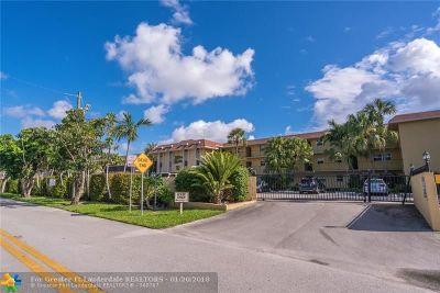 Fort Lauderdale Condo/Townhouse For Sale: 1750 NW 3rd Ter #207C