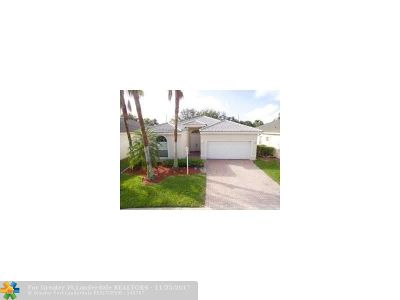 Coral Springs Single Family Home For Sale: 12064 NW 47th St