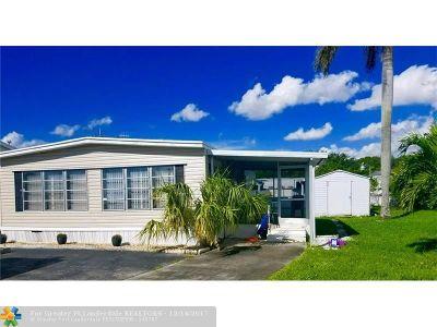 West Palm Beach Single Family Home For Sale: 4311 Okeechobee Blvd